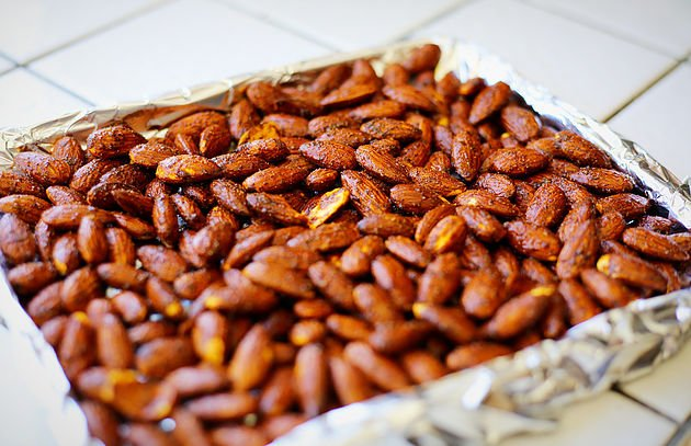 roasted almonds recipe sheet pan