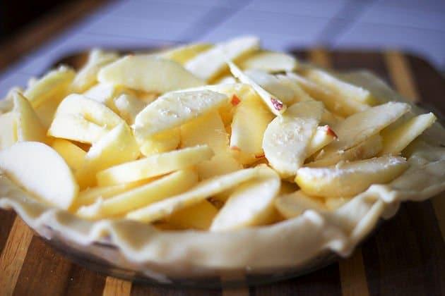 apple pie uncooked