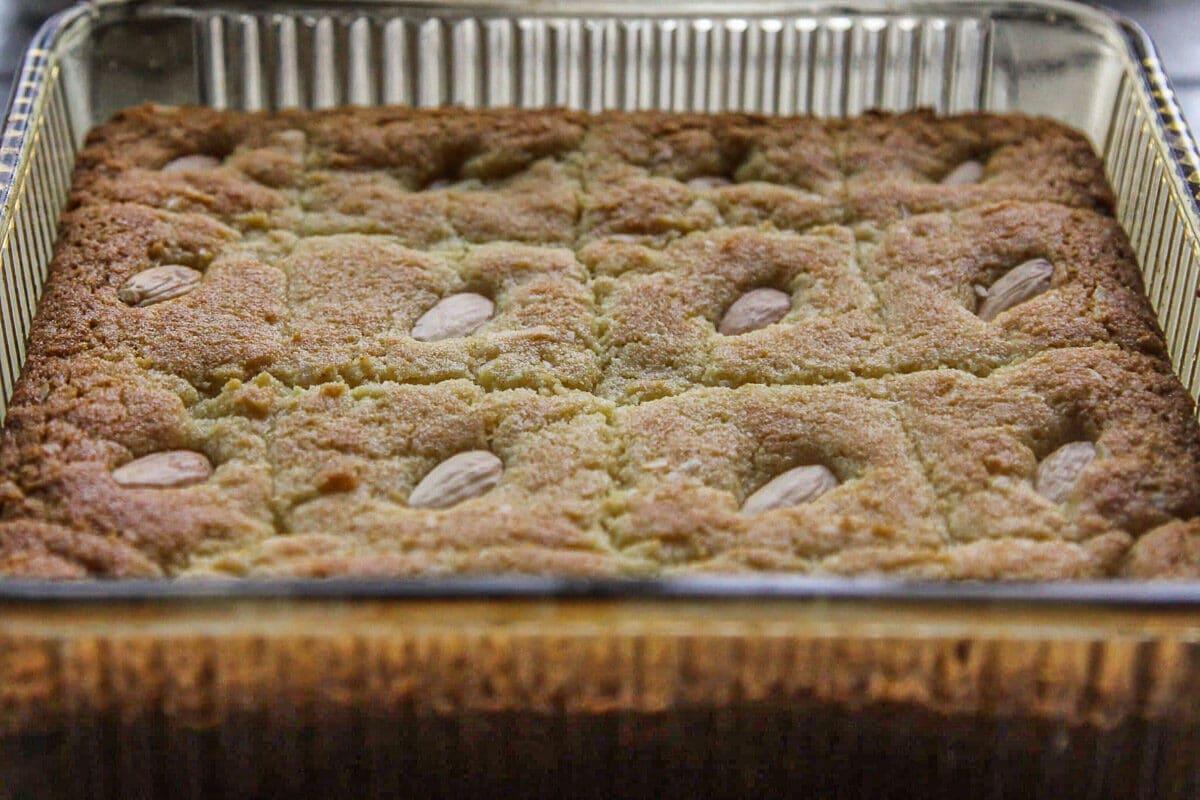 baked basbousa