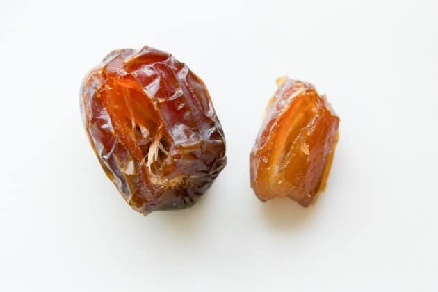medjool and neglet Noor dates