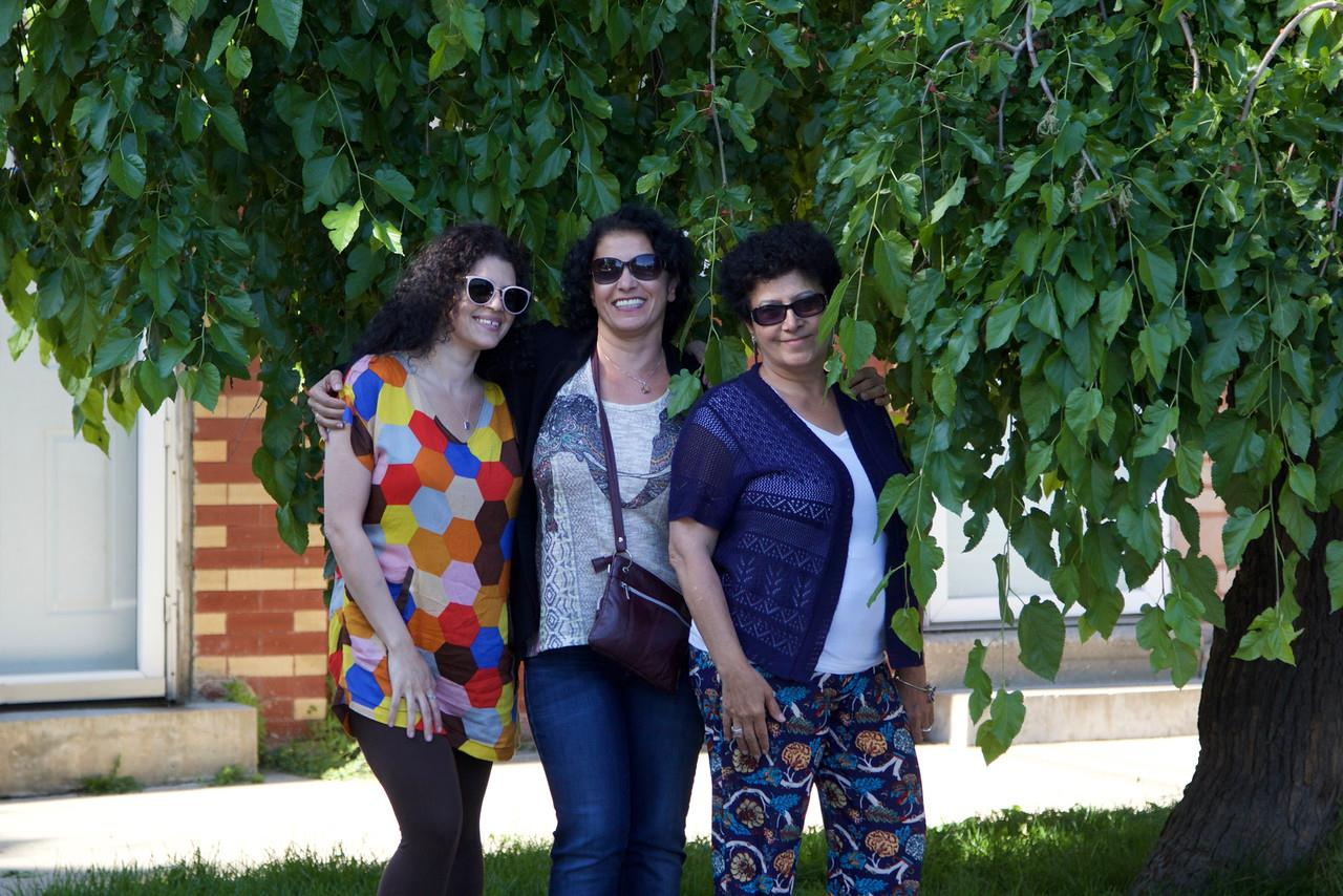 3 ladies under a mulberry tree