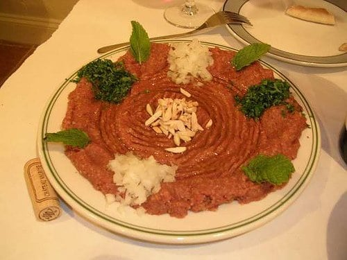 kibbeh raw in a white plate