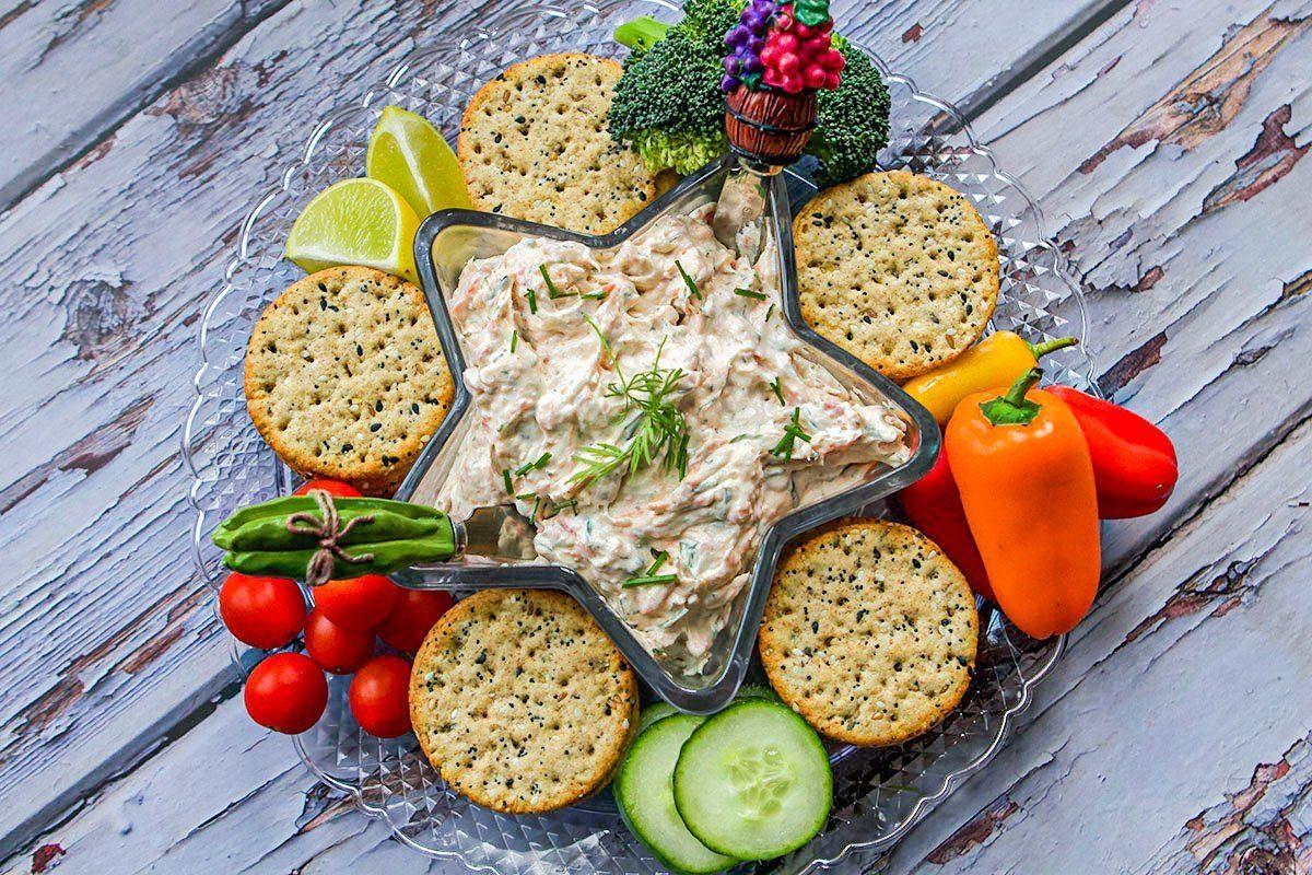 smoked salmon dip and veggies and crackers