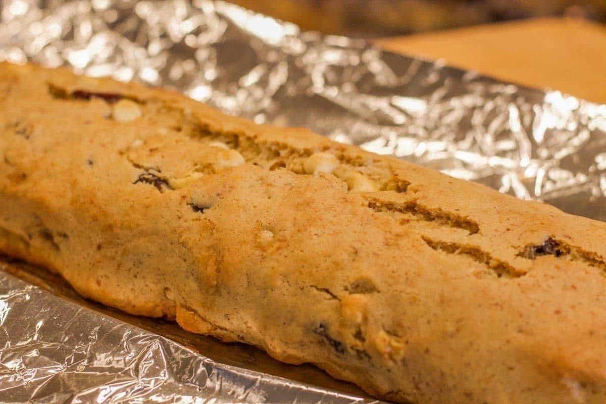 baked biscotti loaf