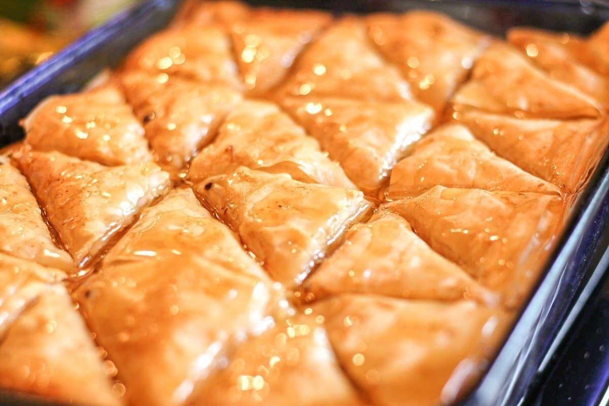 Baked Fillo Dough with custard inside