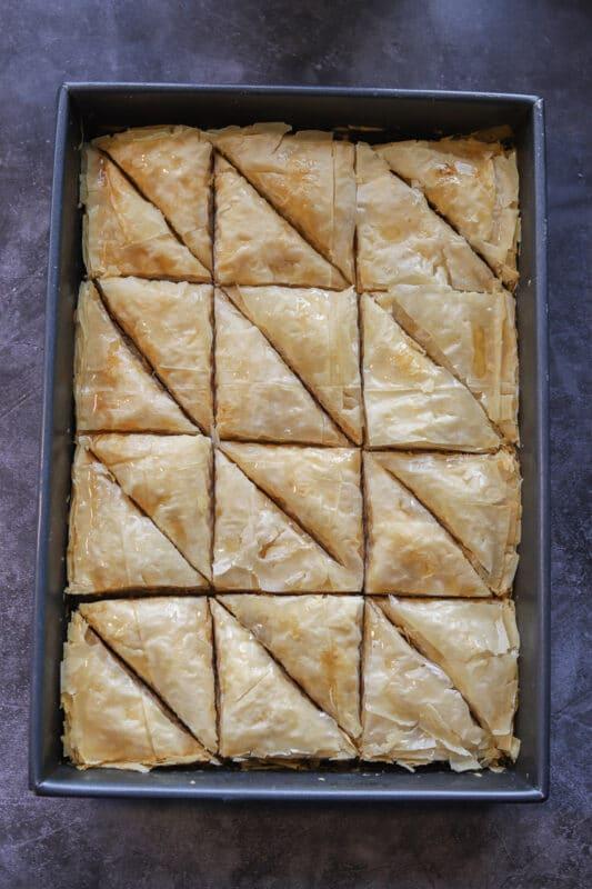 baklawa in a pan