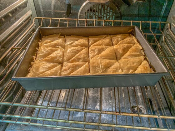 baking baklawa in the oven