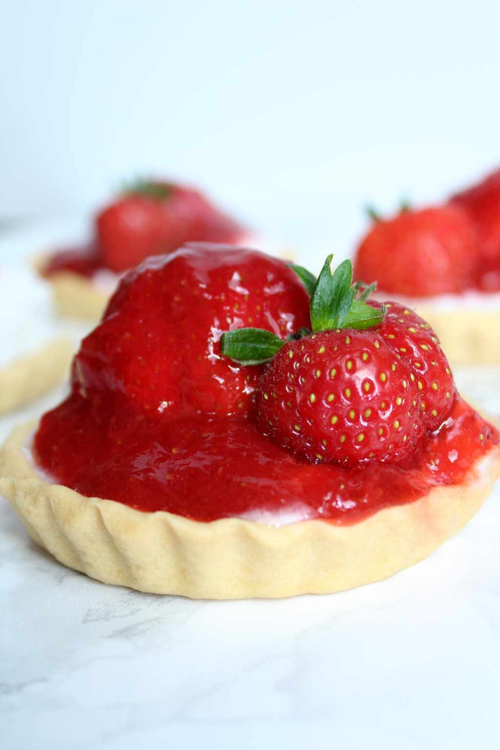 Valentine's Day Desserts mini strawberry tarts