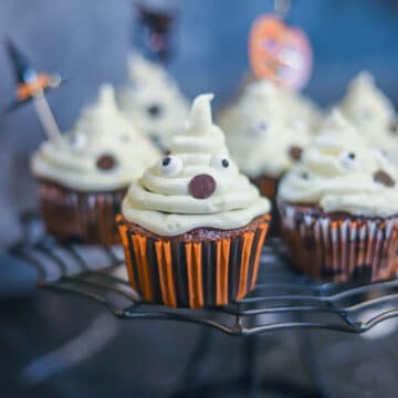 ghost cupcakes on a stand