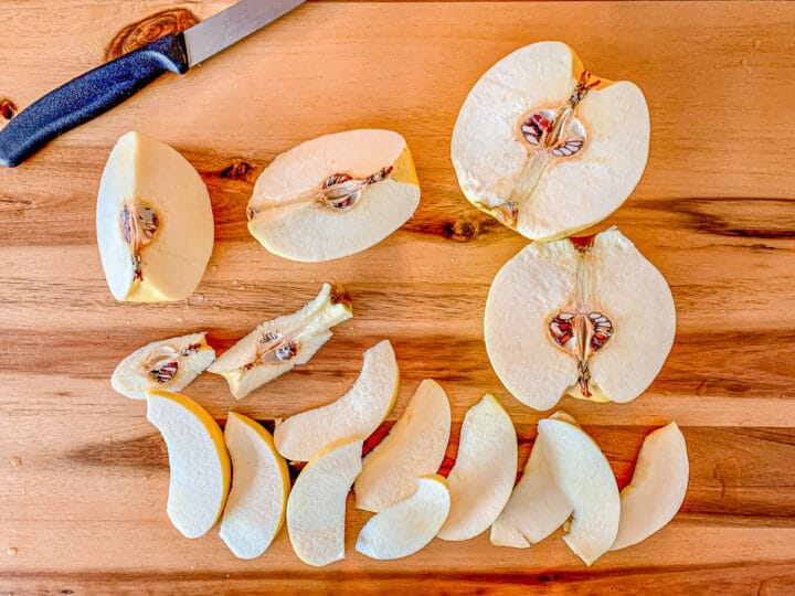 sliced quince on a cutting board