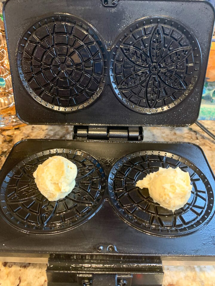 Pizzelle batter on a pizzelle iron