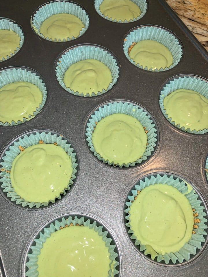 kiwi lime cheesecake cups, unbaked